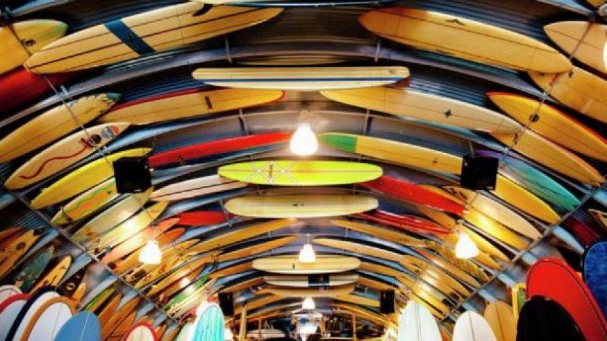 Aprenda sobre a evolução das Pranchas de Surf